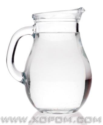 Ус биеэс хорыг гадагшлуулдаг