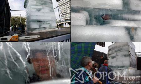 64 цагийн турш мөсөн дотор байжээ [10 фото + 1 видео]