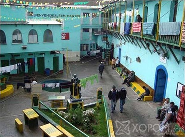 Дэлхийн хамгийн ер бусын шоронгууд Unusual-prisons04